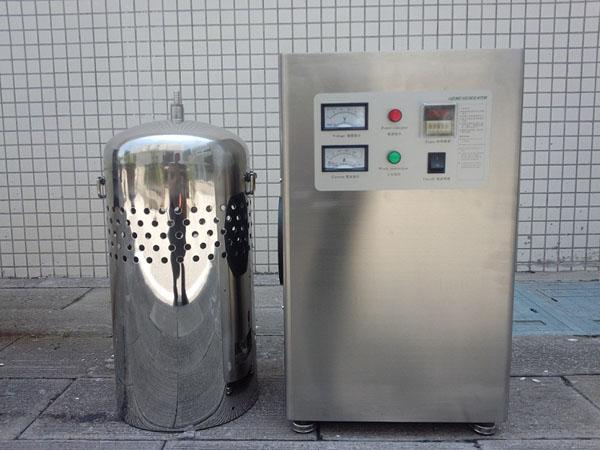 臭氧水箱自洁消毒器